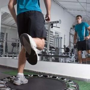 Bruciare calorie con il tappeto elastico